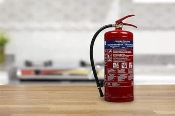 mejor extintor y manta apagafuegos autocaravana
